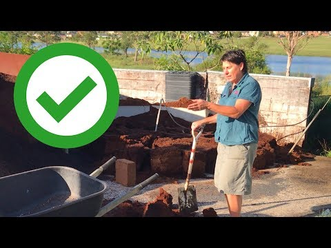 Making Potting Mix at Home and in a Nursery.