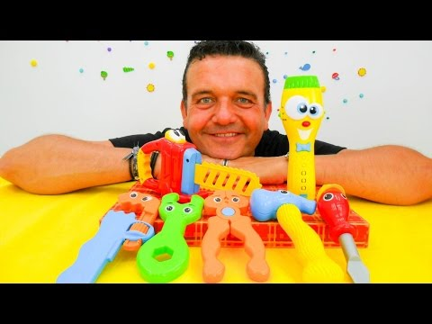 Vídeo para niños en la ¡Caja Mágica! Las herramientas de colores