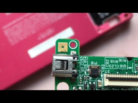 How To Replace The Charging Port On A Nintendo DSi - Talon The Retro Gamer (1080p HD)