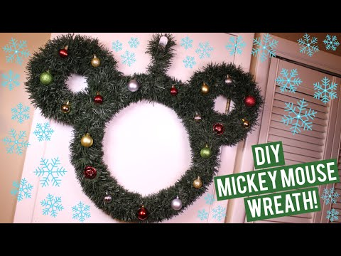 DIY Mickey Mouse Wreath ♡