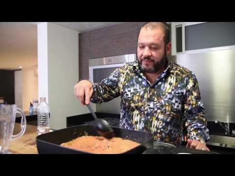 Cocinando con Beto Zapata - Sopa de fideo con rib eye y tocino