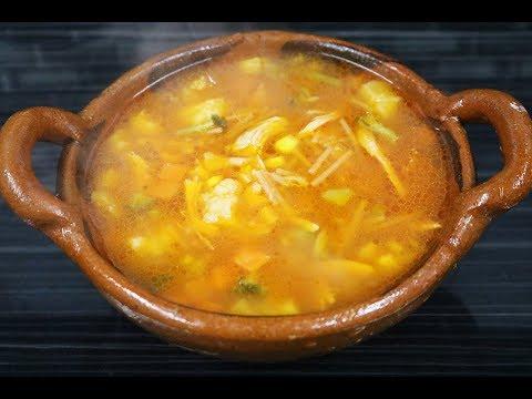 Sopa De Fideo Con Pollo Y Verduras