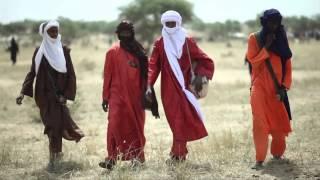 Waynaabe: scènes de vie des éleveurs Wodaabe