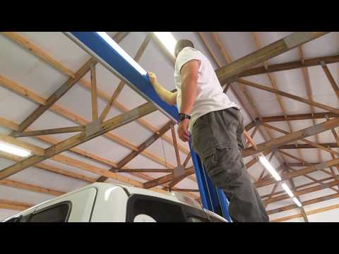 Atlas truck and car lift