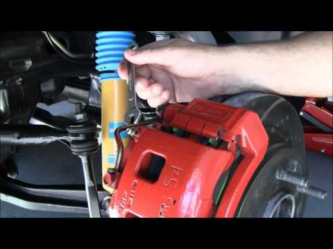 How to - Dodge Brake Fluid Drain & Fluid Change
