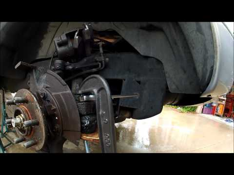 how to keep bolt from spinning on ball joint 1999 dodge durango