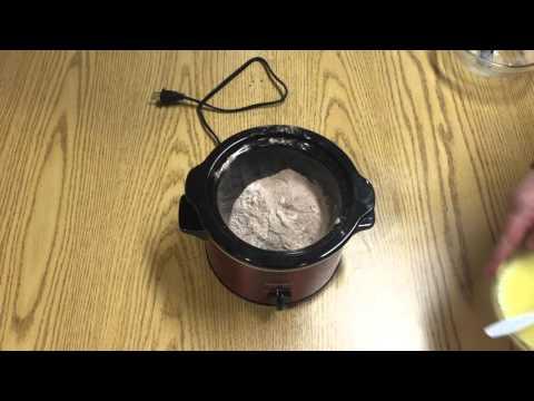 Chocolate Mini-Crockpot Cake