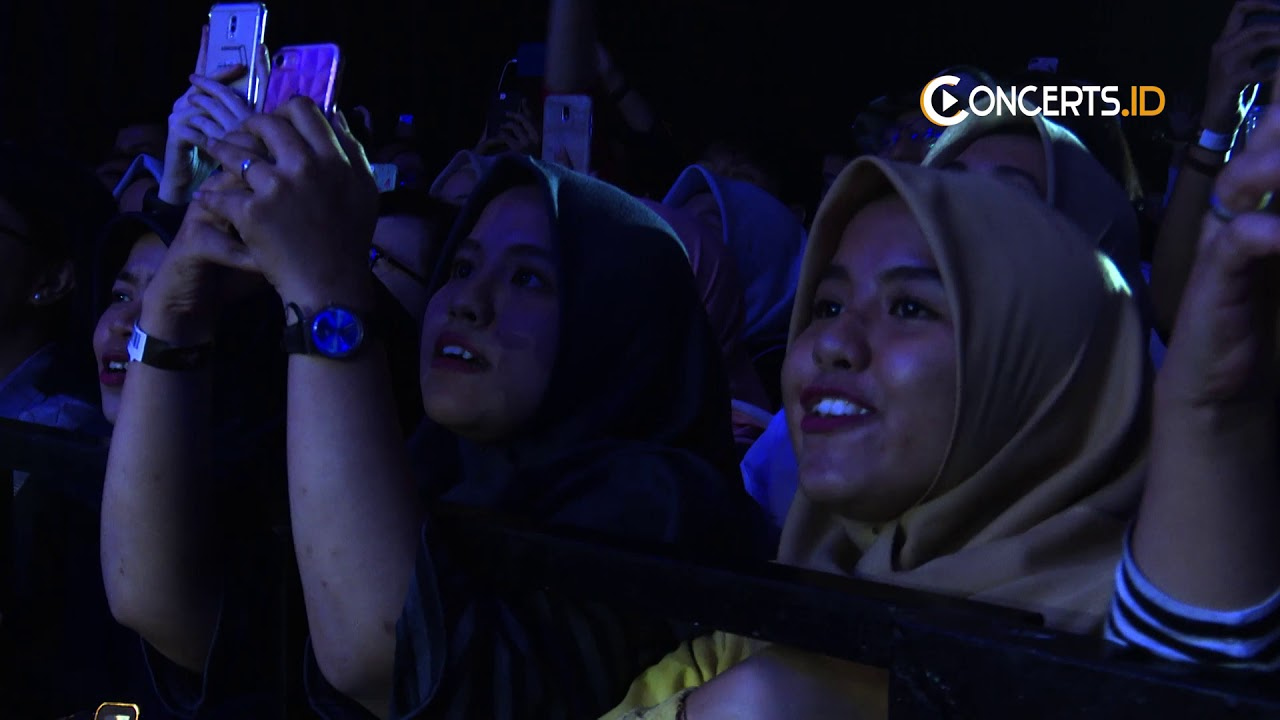 Download Full video One Intimate Night show with TULUS - 2019 MP3 Gratis