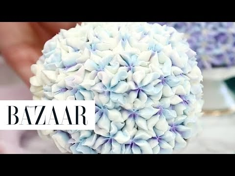 You Need To See The Trick To Creating This Stunning Hydrangea Cake!