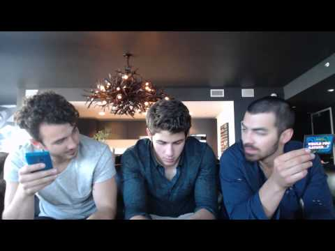 Jonas Brothers - Live Chat (06/17/2013)