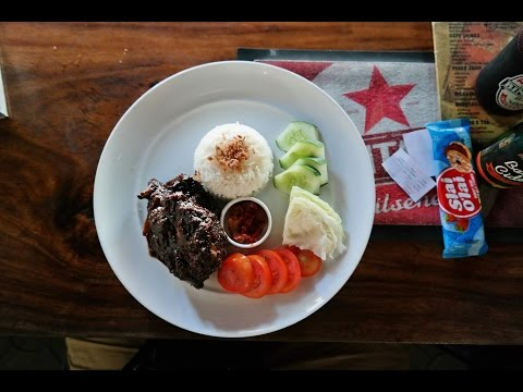 What to eat in beautiful Bali indonesia - lunch at local restaurants and what it costs