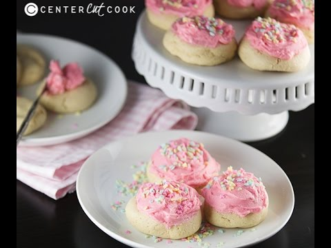 Lofthouse Soft Sugar Cookies {Copycat}