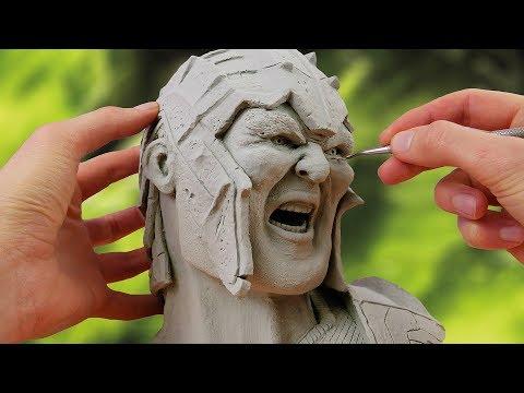 Making Hulk from movie Thor: Ragnarok