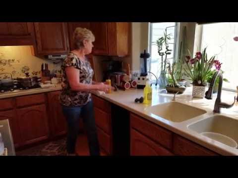 How to Repair Steam and Water Damage on Kitchen Cabinets