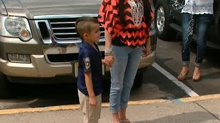 5-year-old uses allowance to buy lunch for police