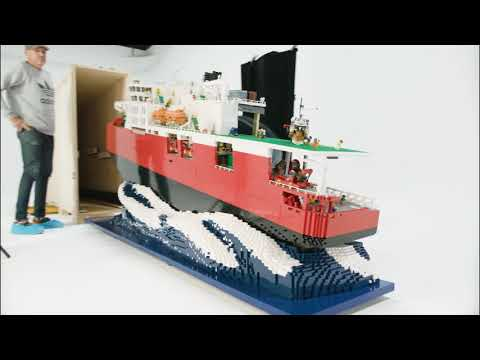 Building Awesome: LEGO® brick Icebreaker ship