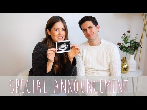 We secretly filmed our family/friend reactions - We are PREGNANT! || Paola Alberdi