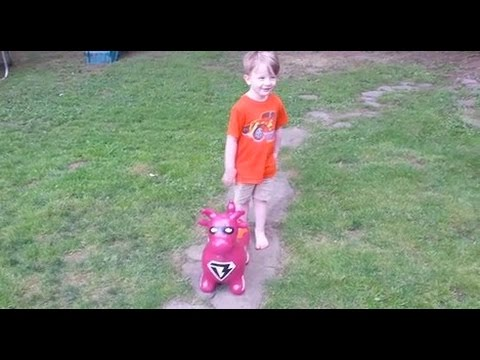 Benny the Bull Ball Hopper by Waliki Toys