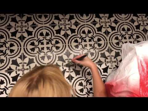 How to stencil paint ceramic floor tile. Farmhouse style bathroom floor DIY