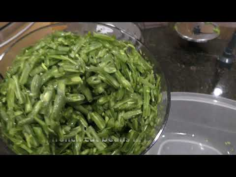 Making french cut beans from string beans in a jiff.