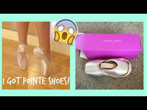 I got pointe shoes!