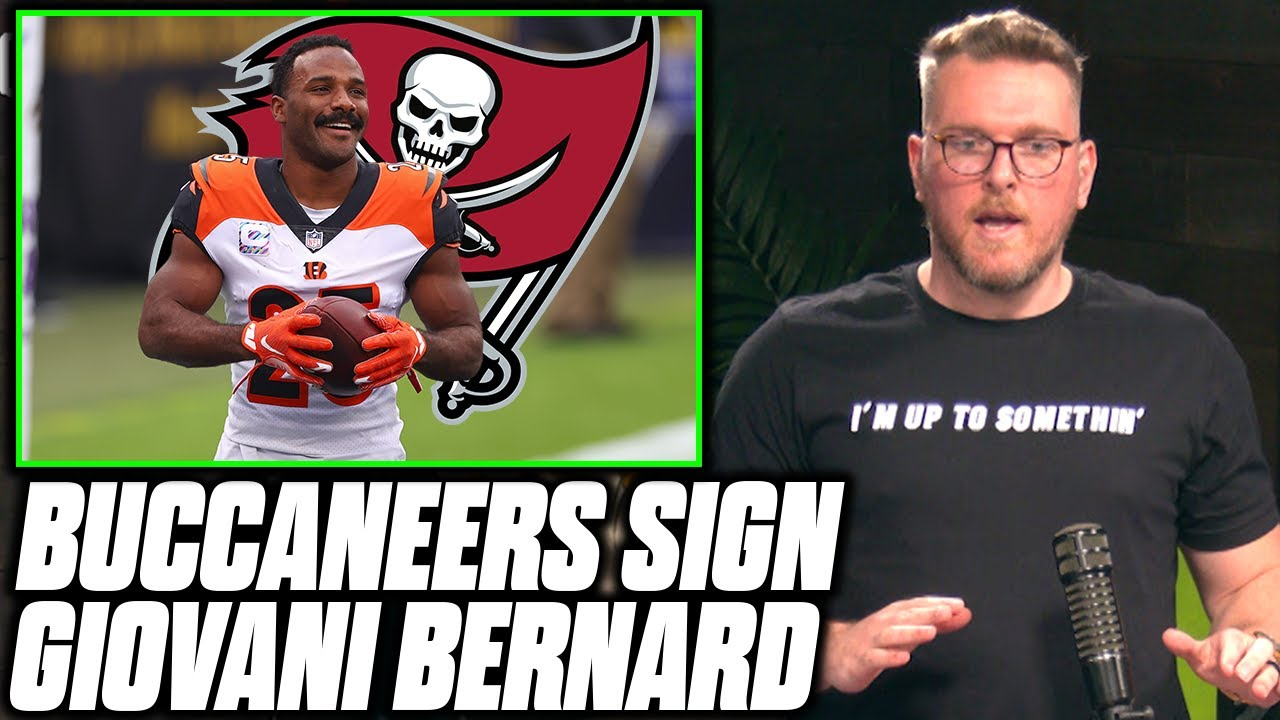 Pat McAfee Reacts To The Buccaneers Signing Giovani Bernard