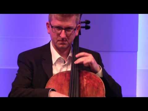 Cello Lessons - Vibrato technique #1 with Martin Rummel