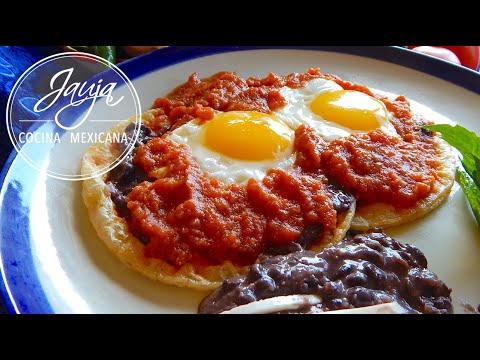 Huevos Rancheros Recipe. Mexican Huevos Rancheros