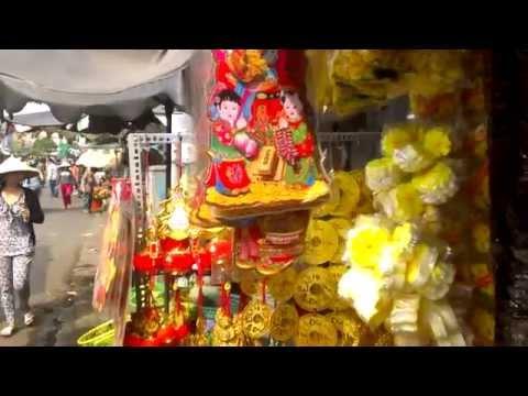 Tet in Vietnam New Years Shopping