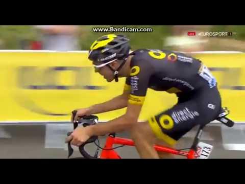 Lilian Calmejane Had a leg cramp Le Tour De France