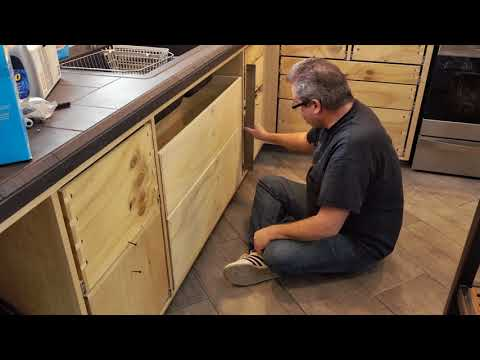 Fixing A Poorly Aligned Drawer / Drawer Slide Problem
