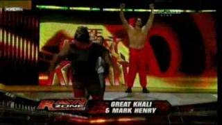 Mark Henry & Great Khali vs The Uso Dance match 30-1-11