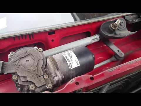 Noisy wiper linkage Toyota Corolla. Simple fix!