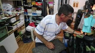Kosovo Peja Shoe Repairer / Kosovo Peja Réparateur de chaussures