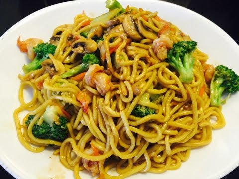 Shrimps & Vegetable Stir Fry Noodle