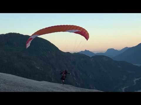 Paragliding, Sqamish Chief, CANADA FDR-AX53