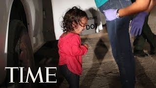 Behind The Viral Photo Of The Crying Girl At The Border: Photojournalist John Moore Tells All | TIME