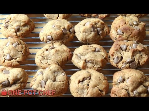 Gluten Free Chocolate Chip Cookies | One Pot Chef