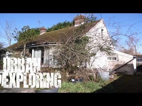 Abandoned Bungalow full of stuff in Sussex - Urban Exploring - UK