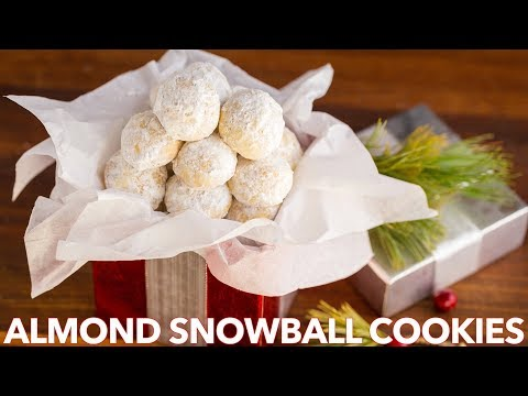 Easy Almond Snowball Cookies Recipe