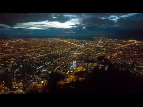 Vista nocturna de bogotá desde Monserrate