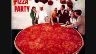 Download L'Homme Run - Pizza Party Video