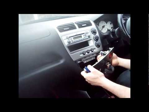 Radio Removal Honda Civic (2001-2005) | JustAudioTips