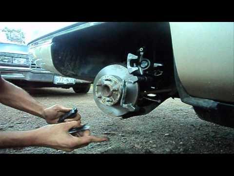 Rear Disc Brake Caliper Replacement: 1994 Cadillac DeVille