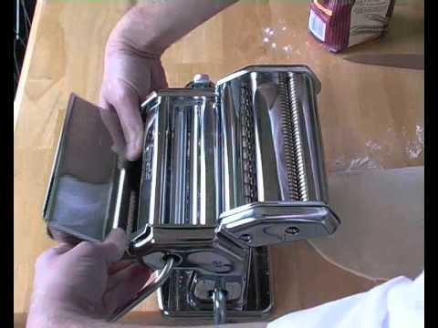 Making spaghetti with pasta machine (YouTube).wmv