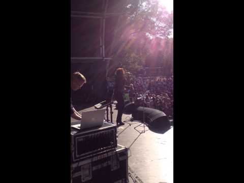 Stephanie Starlet and Johnny Woo introduce Alison Moyet at  Brighton Pride 2013