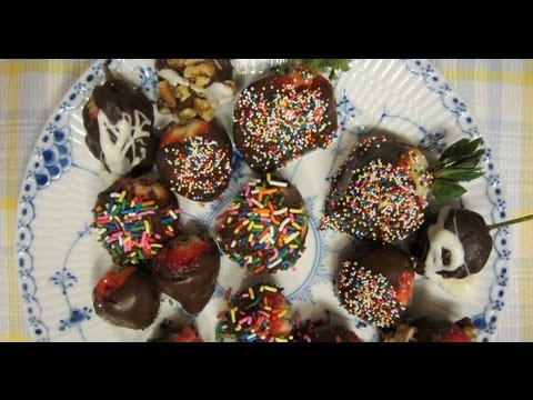How to Make Chocolate Dipped Strawberries Infused with Finnish Vodka. A Homemade Dessert Recipe ♥♡