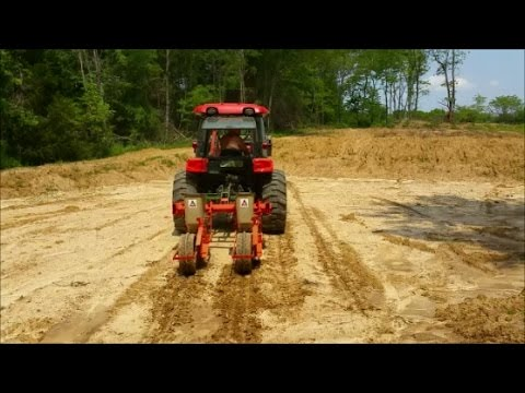 Planting Corn In Duck Pond Food Plots 05-10-17 Kioti & Allis Chalmers Planter