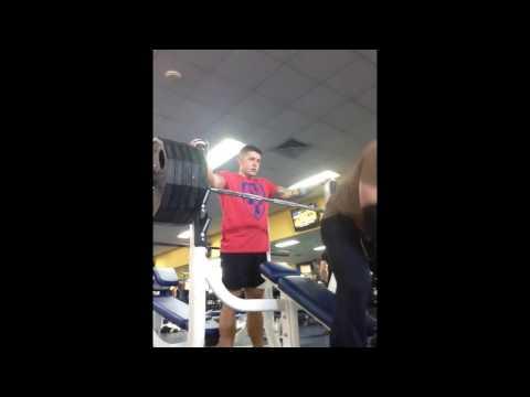 495 pound incline bench press using sling shot
