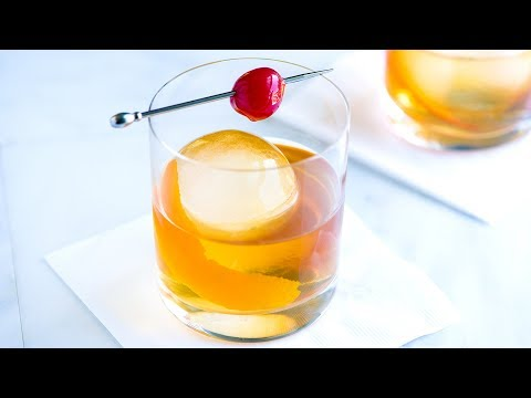 Seriously Good Old Fashioned Recipe - How to Make an Old Fashioned Cocktail